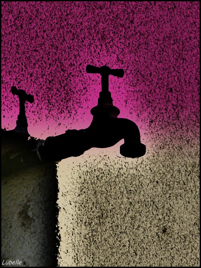 Wasser aus der Wand Foto & Bild | abstraktes, farben, architektur ...