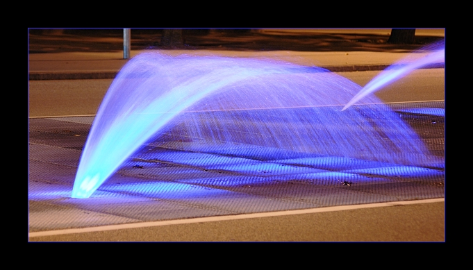 Wasser bei Nacht
