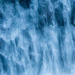 Wasser im freien Fall (2)
