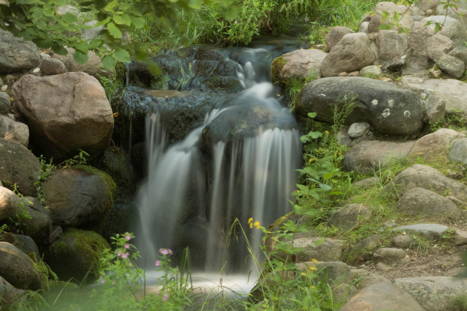 Wasserfall Foto & Bild | landschaft, garten ...