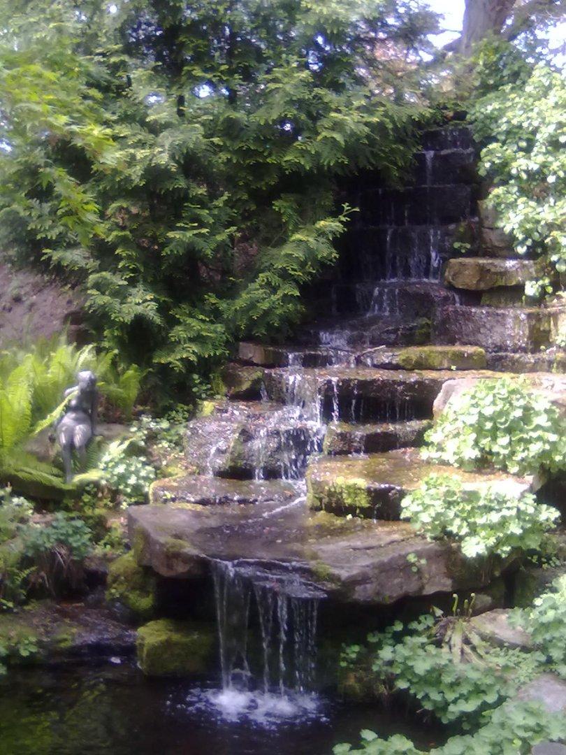 Wasserfall botanischer garten braunschweig foto bild reportage dokumentation motive bilder - Wasserfall garten ...