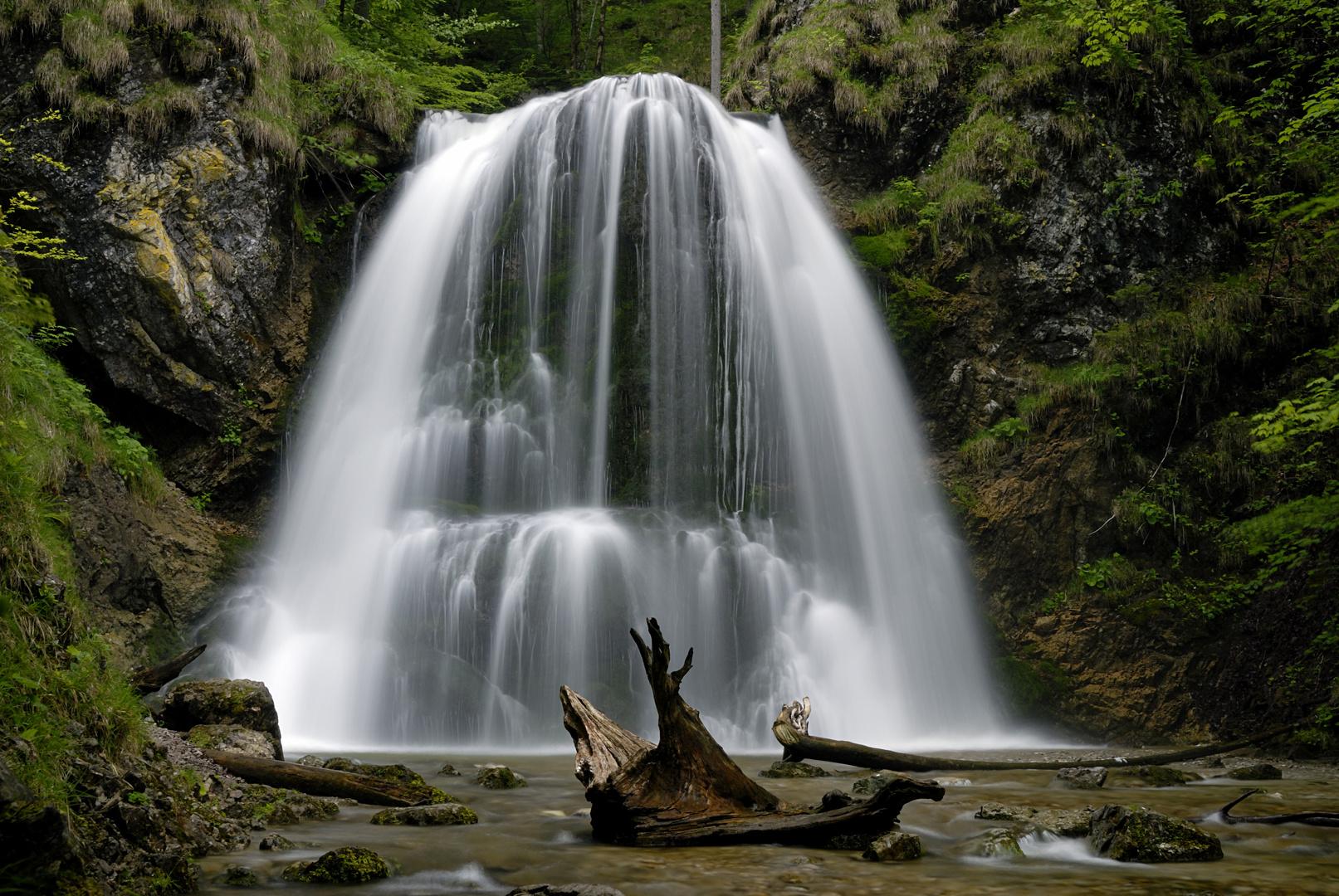 [ Wasserfall ]