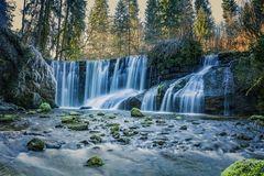 Wasserfall im Morgenlicht