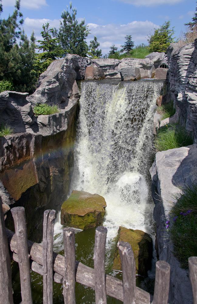 Wasserfall im ZOOM-ZOO