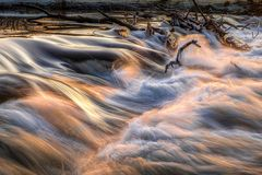 Wasserfall in Neustadt bei Sonnenuntergang
