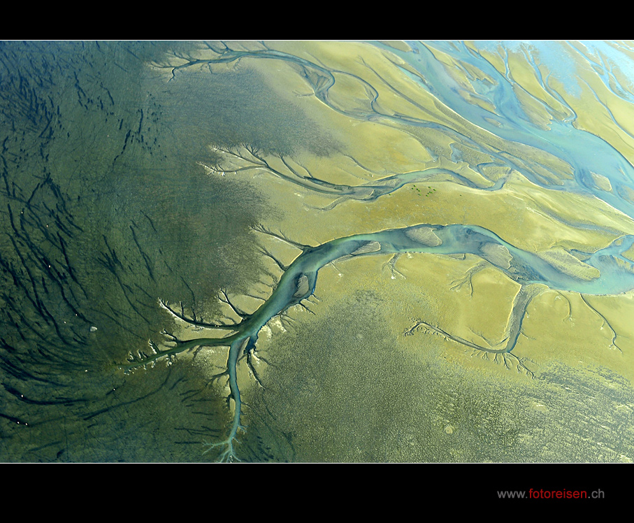 Wasserrinnsale in Namibia