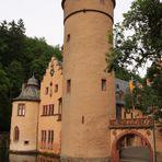 Wasserschloss Mespelbrunn - schräg von der Seite