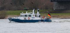 Wasserschutzpolizei auf dem Rhein bei Emmerich
