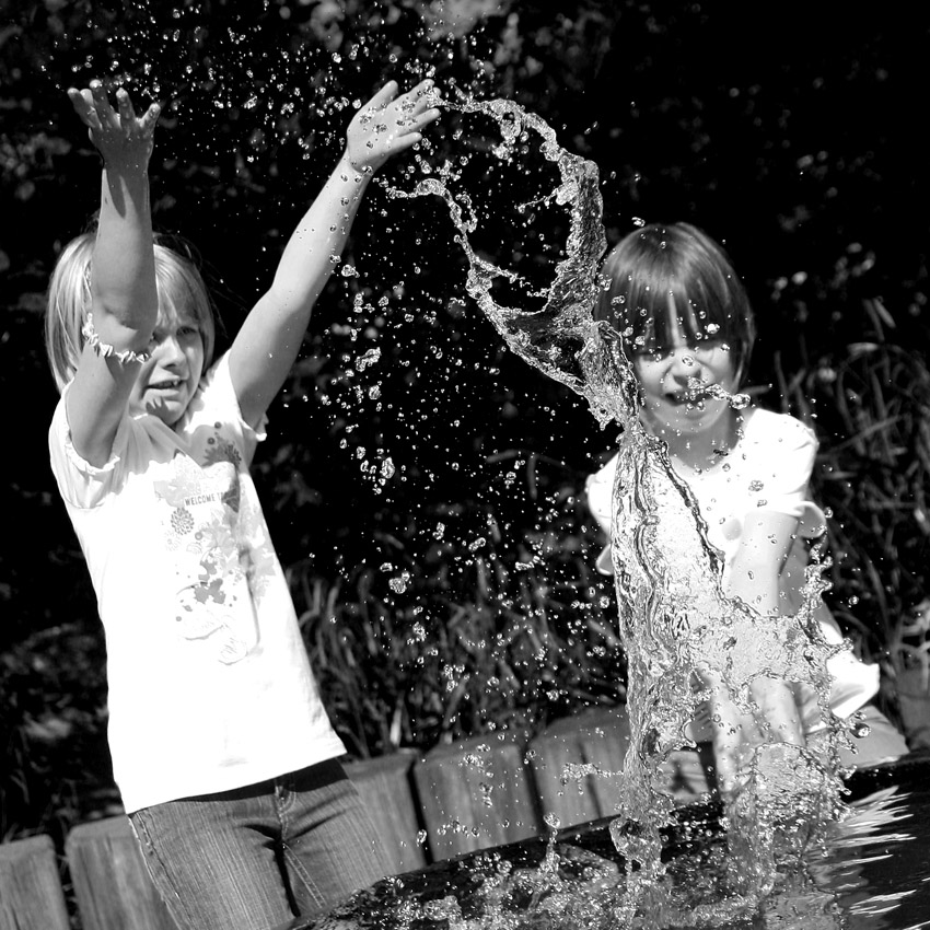 ~~~ Wasserspiele ~~~