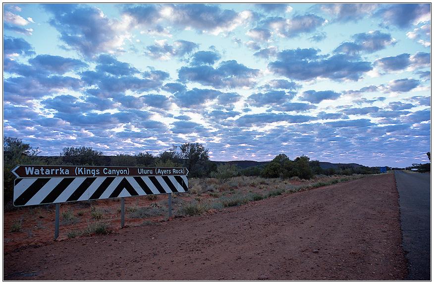 <Watarrka   Uluru>