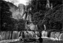 Watergate ~ Um Phang