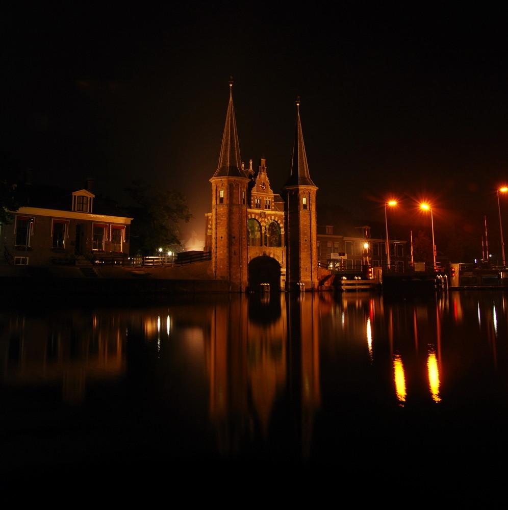 Waterpoort bei Nacht 2