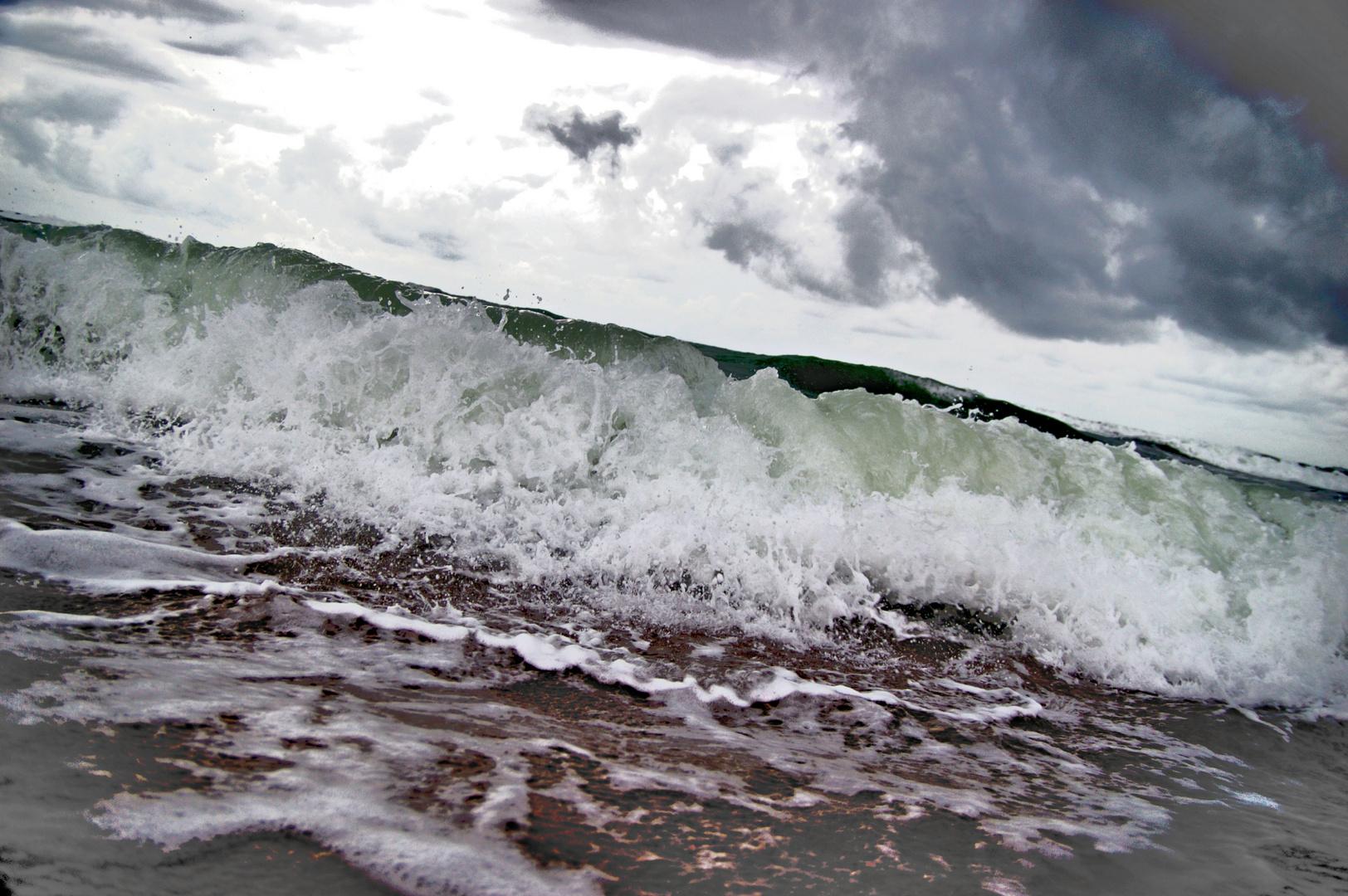 wave ~ 7