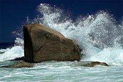 Waves at Sister islands