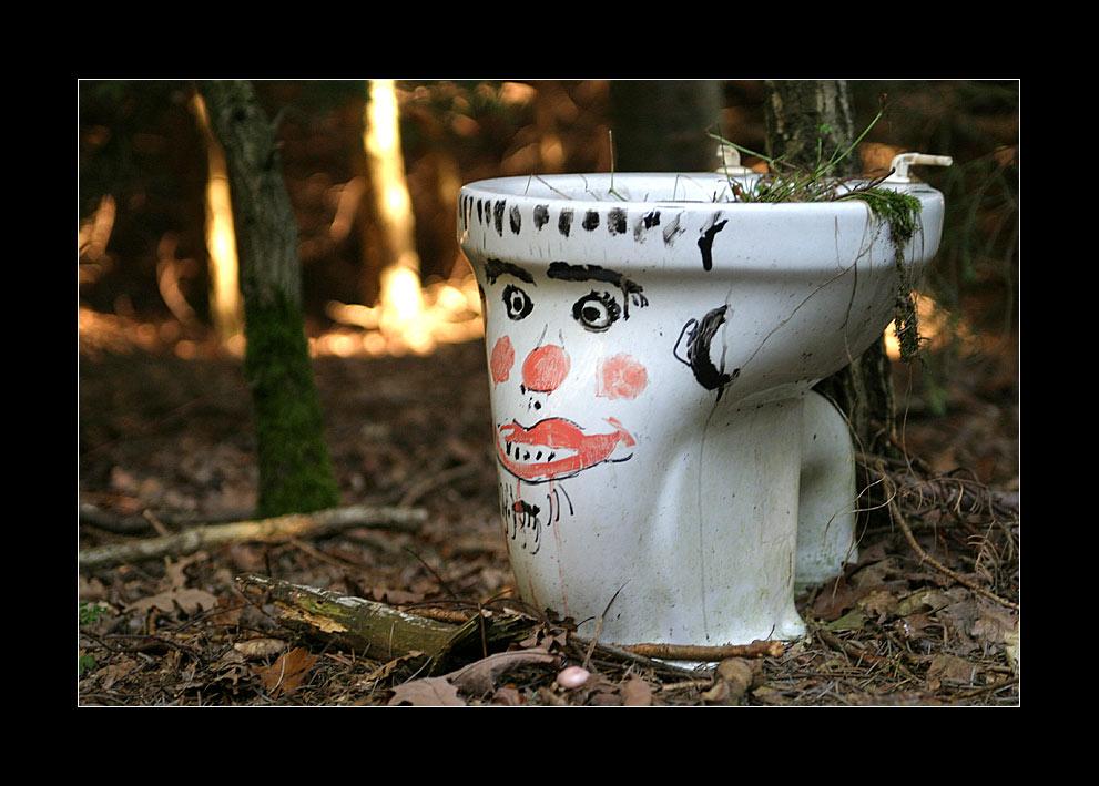 WC = Wald-Closett