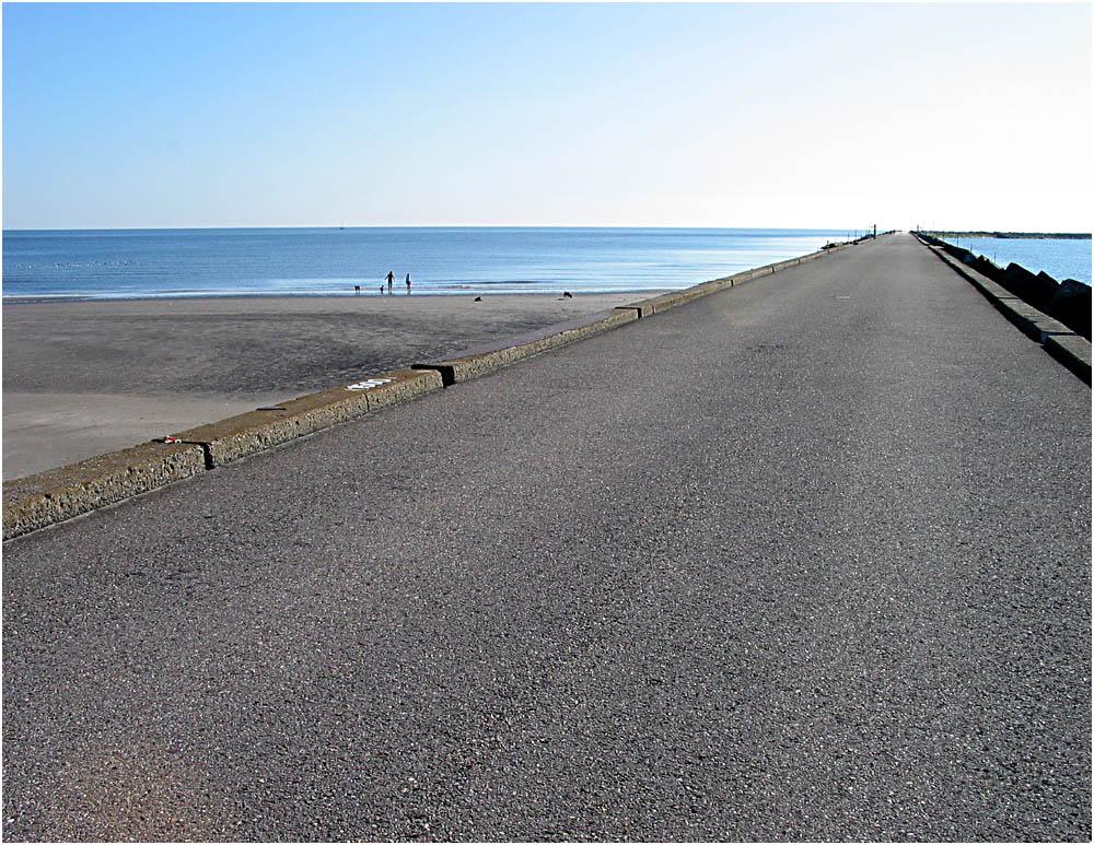 Weg, Strand und Meer