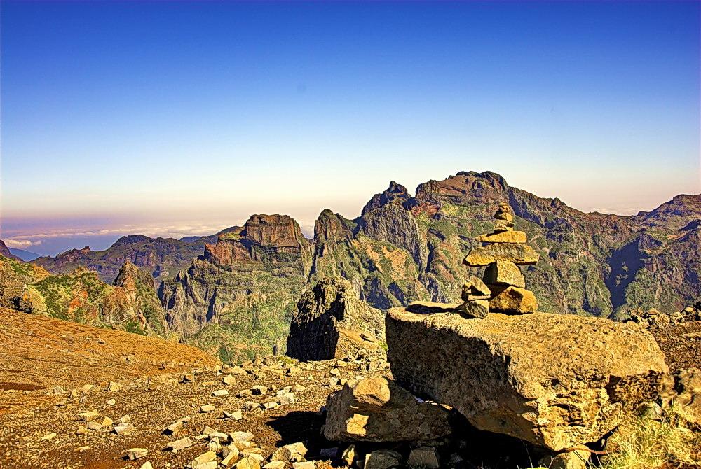 Wegweiser am Pico de Arieiro