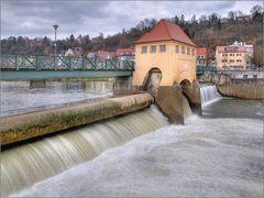 Wehr am Neckar in Tübingen HDR