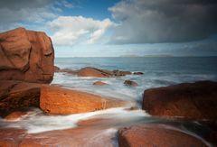 weichgespülte Granitküste