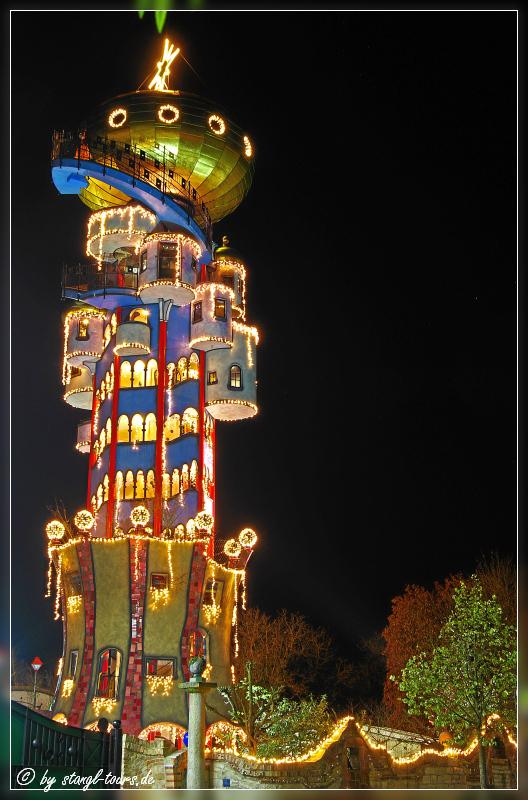 Weihnachtsmarkt Hundertwasserturm