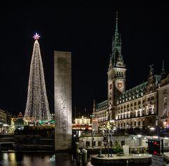 Weihnachten auf dem Rathausmarkt.