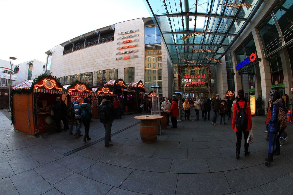 Weihnachtliche Altmarkt Galerie