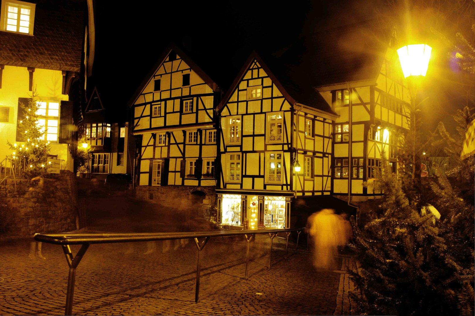Weihnachtsgeister in der Altstadt Mülheim Foto & Bild   gratulation ...