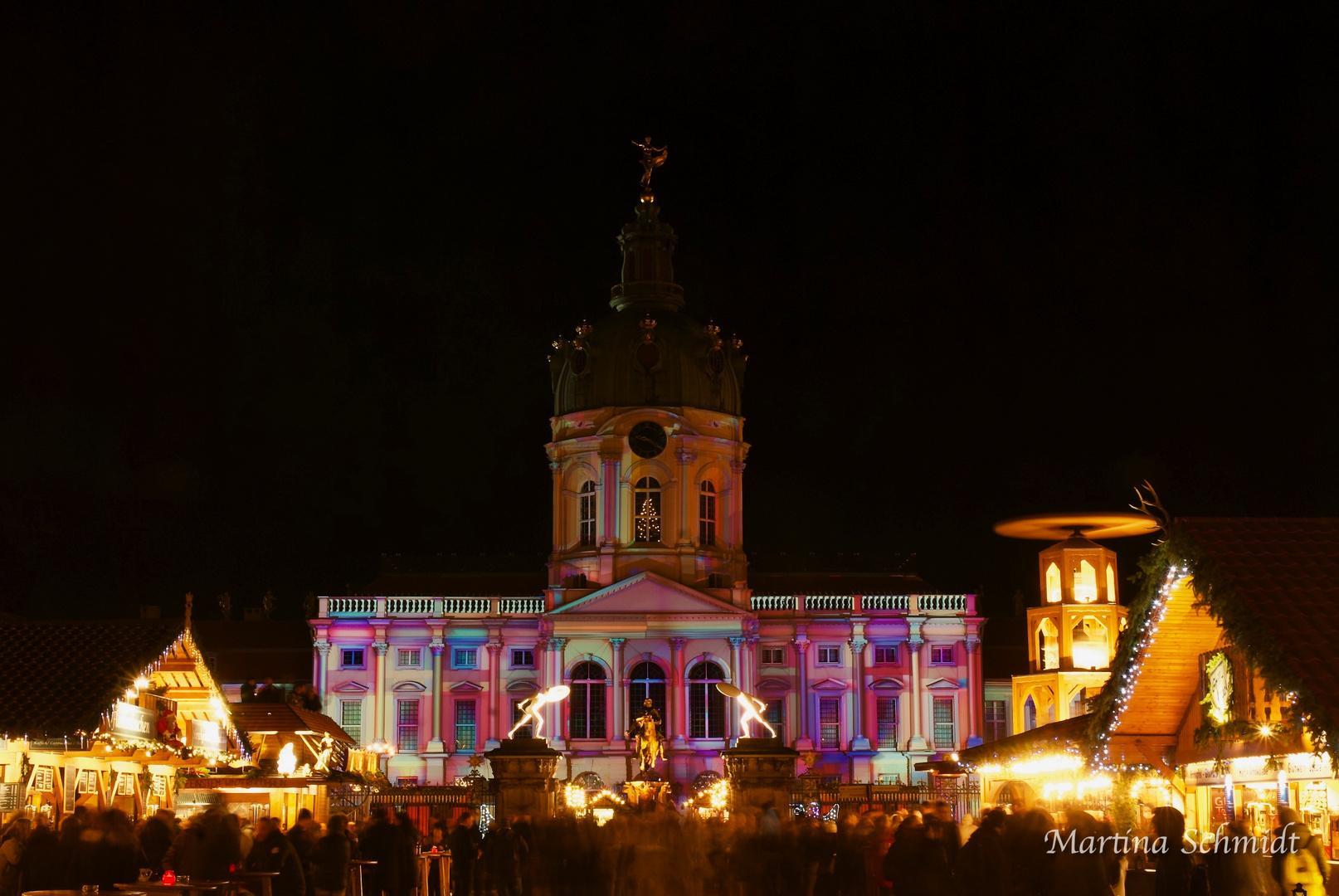 Weihnachtsmarkt Schloss Charlottenburg.Weihnachtsmarkt Am Berliner Schloß Charlottenburg Foto Bild