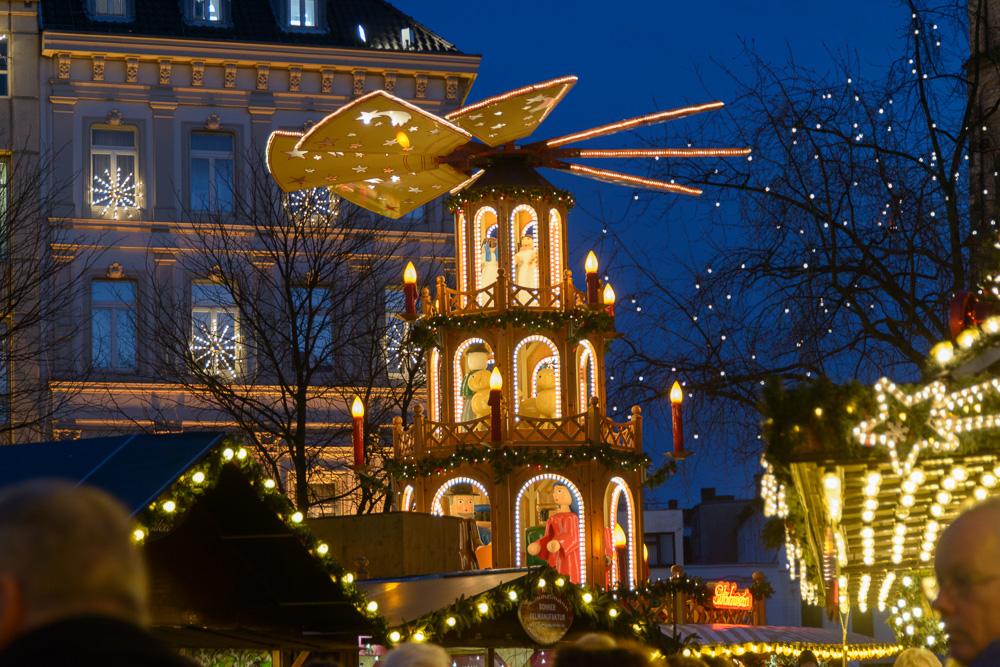Weihnachtsmarkt Bonn.Weihnachtsmarkt Bonn Foto Bild Gratulation Und Feiertage