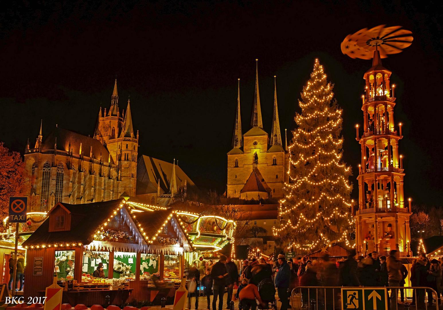 Weihnachtsmarkt Erfurt.Weihnachtsmarkt Erfurt Foto Bild Reportage Dokumentation