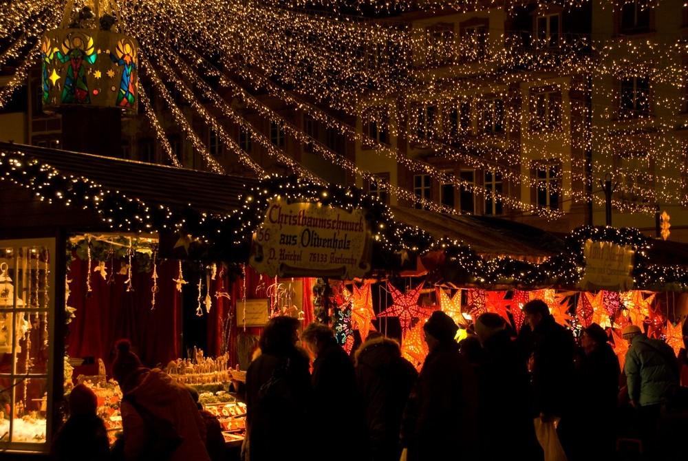 Weihnachtsmarkt Mainz.Weihnachtsmarkt Mainz 2008 5 Foto Bild Deutschland Europe