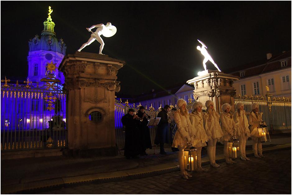 Weihnachtsmarkt vor dem Charlottenburger Schloss, 27.11.11