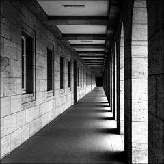 Weimar - Gebäude am Jorge -Semprún-Platz