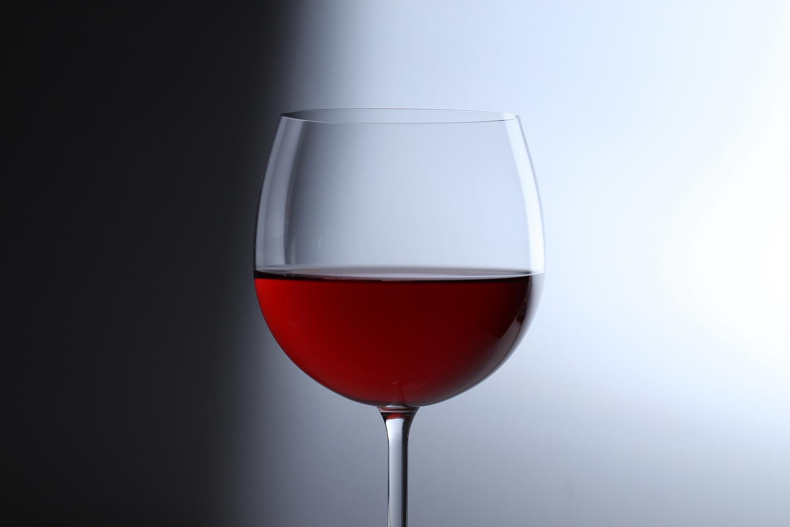 Weinglas ohne Alkohol