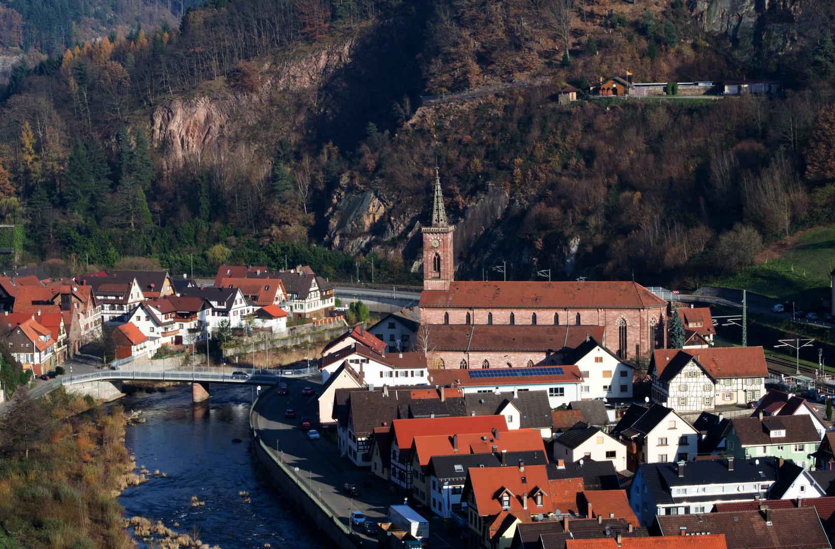 Weisenbach im Murgtal mit St. Wendelin