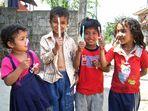 Weiße Zähne für Nepal