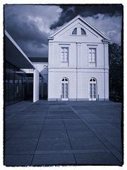 Weisses Haus.......