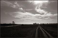 Weite Landschaft - lange Wege