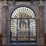 Weiteres perspektivisches Gitter im Dom von Paderborn