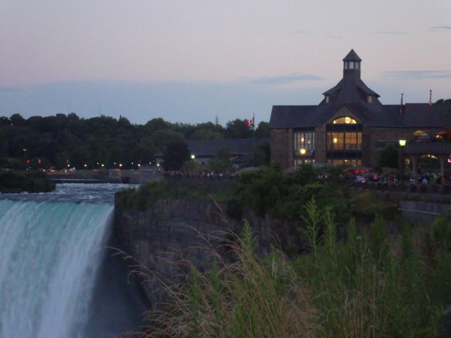 Welcome Centre-Niagara Falls,Ontario 2013