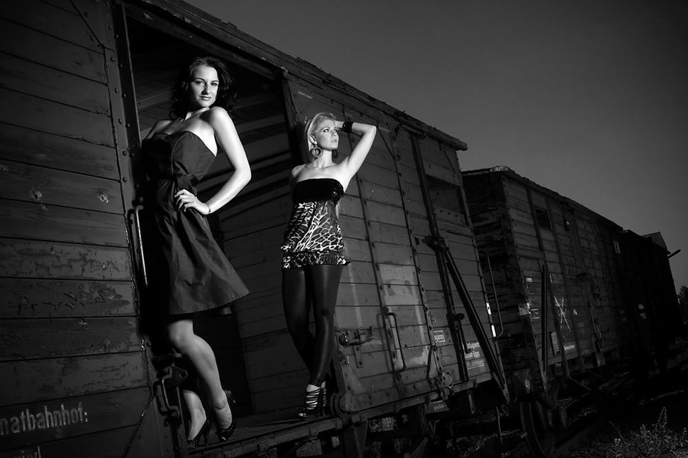 ''welcome to a rustic journey'' --- Nanina & Nicki #001 (S/W)