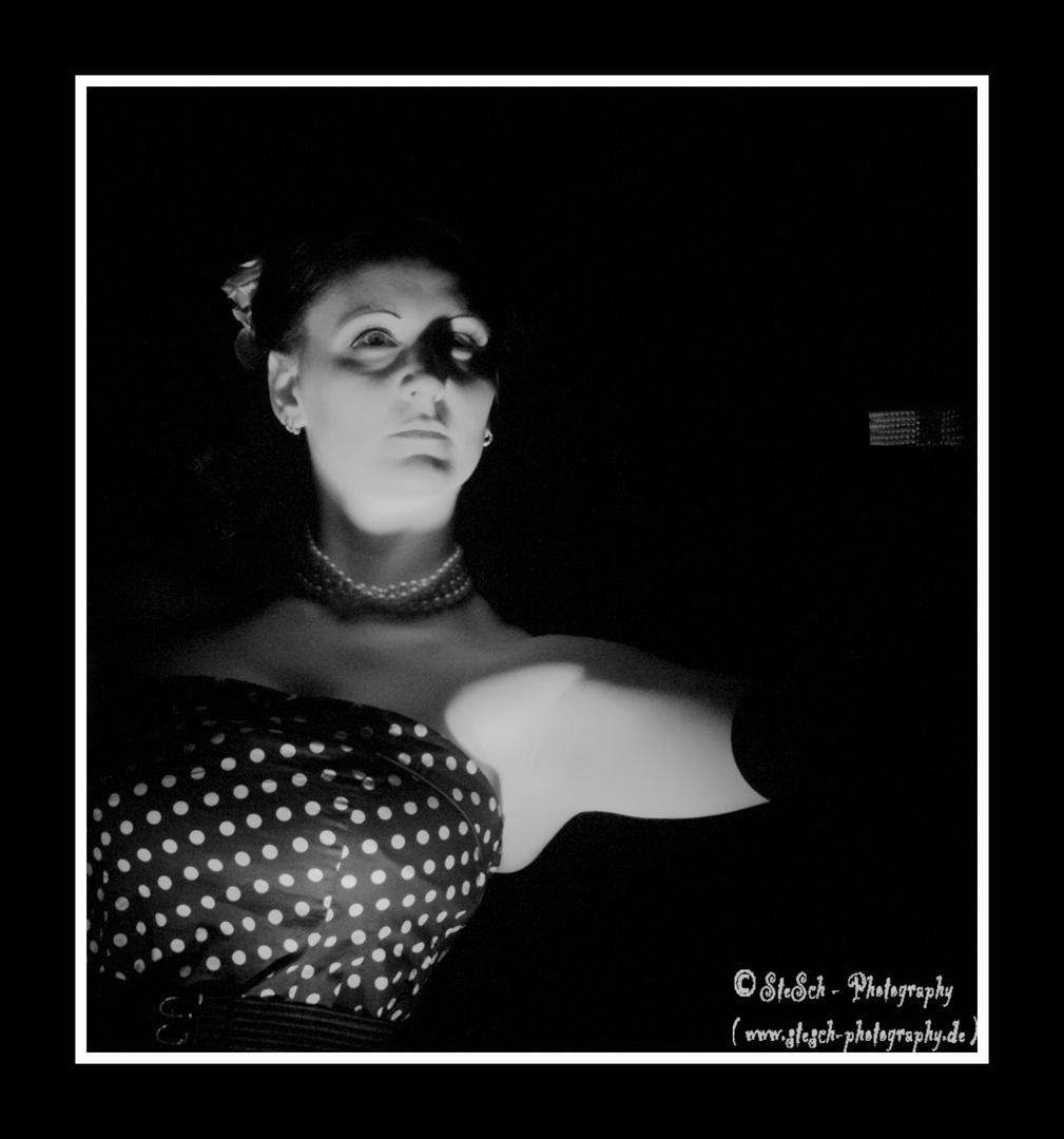 Welle:Erdball - Frl. Venus in schwarz