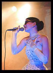 Welle:Erdball - Plastique singt Plastik    >LMH  24.11.07<