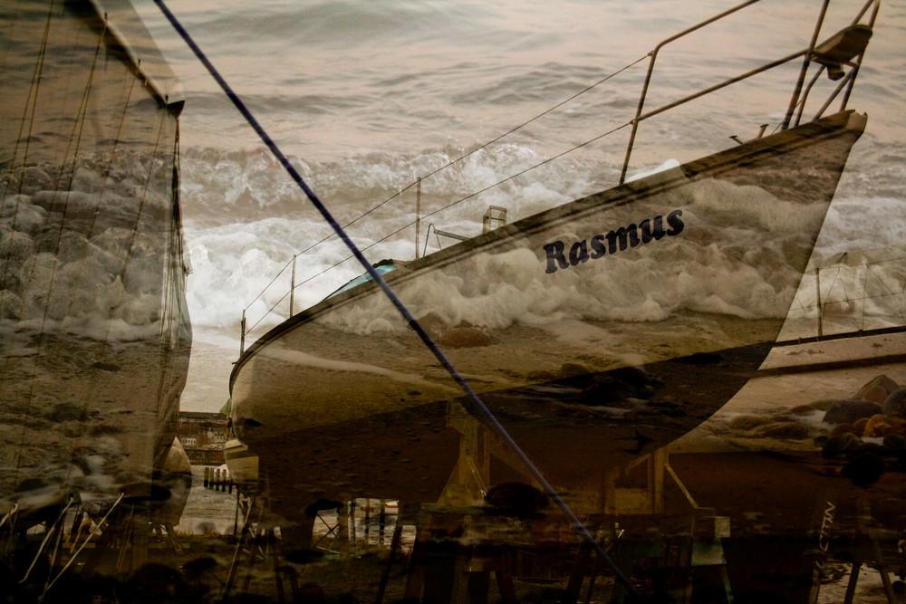 Wellen hinter dem Boot