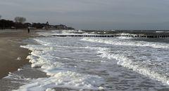 Wellen und Schaum