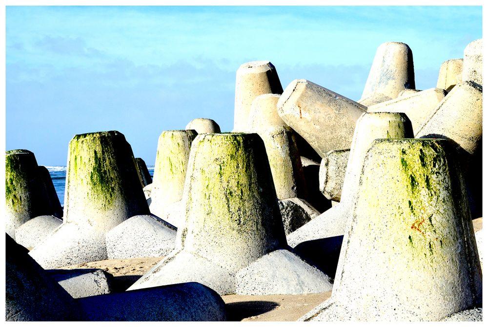 Wellenbrecher am Strand von Hörnum