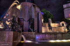 weltkugelbrunnen 4