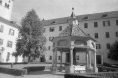 Weltwunderbrunnen Kloster Neustift Brixen/Südtirol