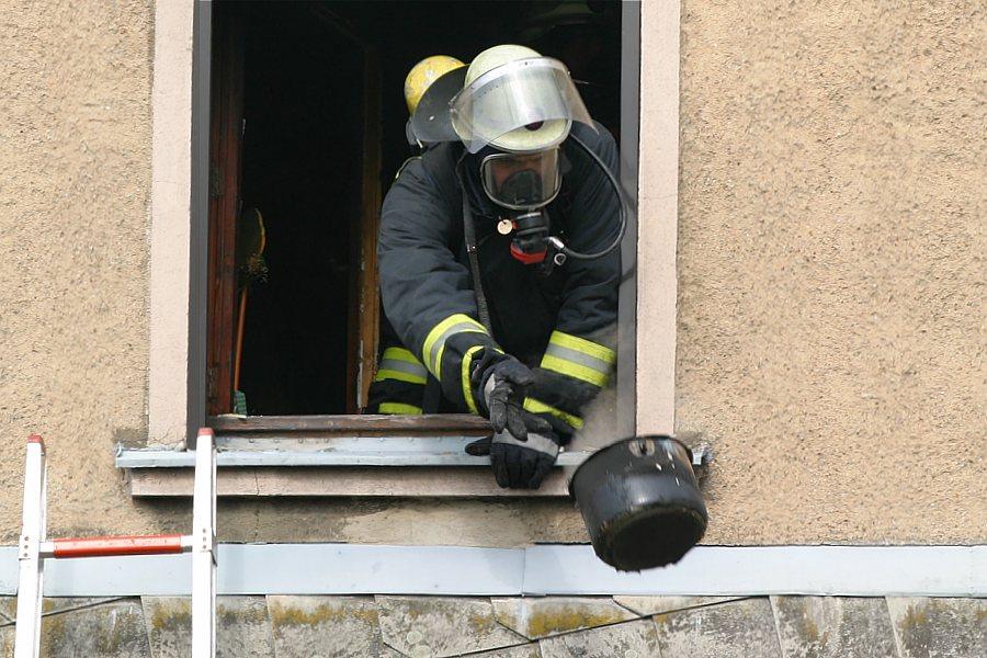 Wenn der Kochtopf zu heiß ist muß die Feuerwehr ran!!!