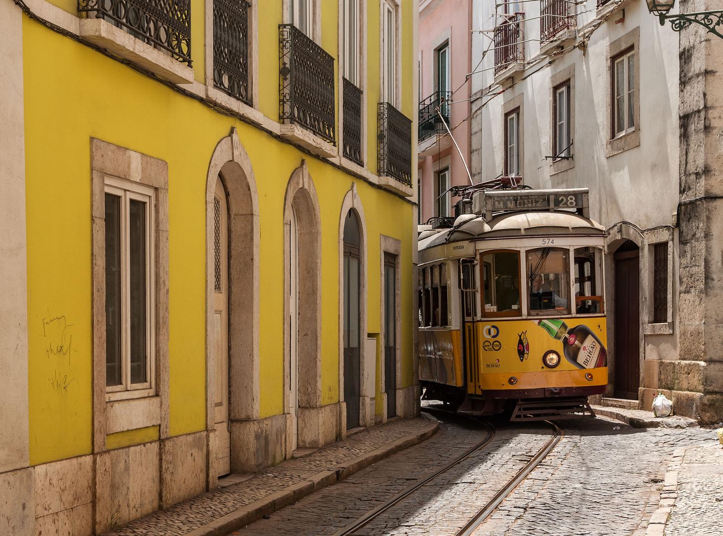 """Wenn die Linie """"28"""" durch Lissabon rauscht"""